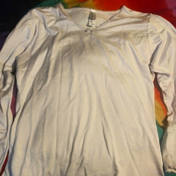 XL Women's White Silky Long Sleeve Top w/ Bow